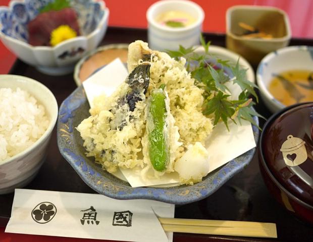海鮮茶屋魚國